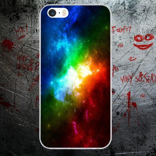 Coque Iphone modèle galaxie couleurs arc-en-ciel LGBT