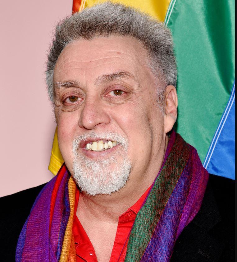 Gilbert Baker : créateur du drapeau arc-en-ciel lgbt
