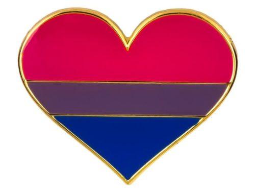 Pins forme de coeur couleurs drapeau bisexuel