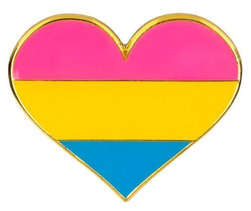 Pins en forme de coeur aux couleurs du drapeau pansexuel