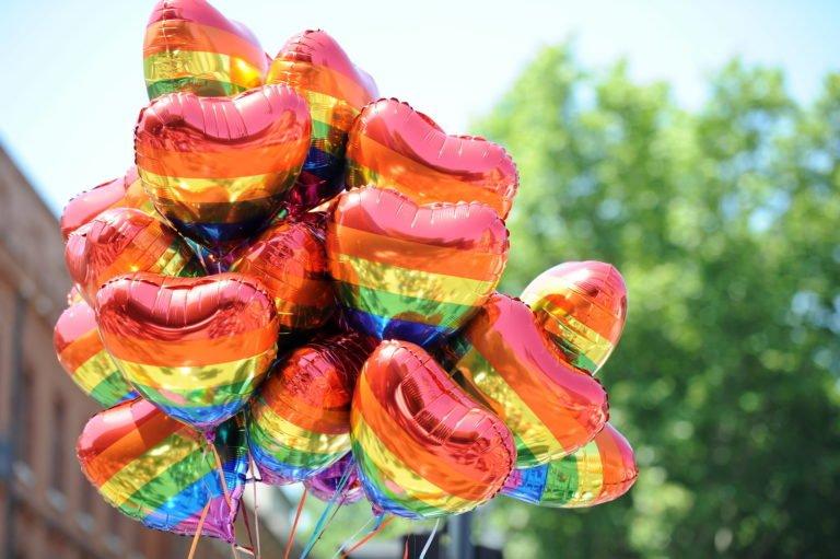 Ballons arc-en-ciel LGBT Gay Pride Toulouse 2012