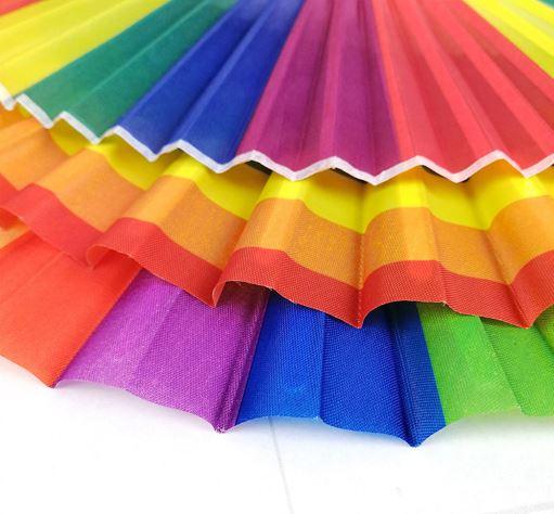 Trois modèles eventails arc-en-ciel LGBT - Focus feuilles