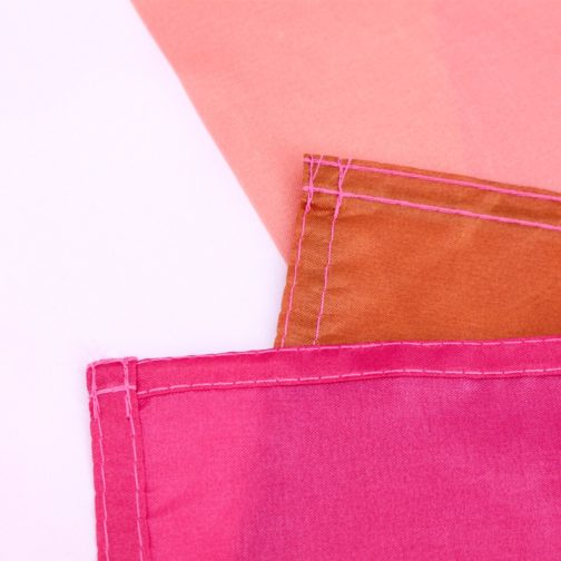 Drapeau lesbien polyester 90x150cm design 2010 focus coutures et coins