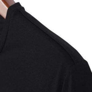 T-shirt noir LGBT The world has bigger problems focus épaules