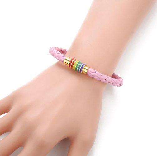 Bracelet rose cuir fermoir doré 6 bandes arc-en-ciel drapeau LGBT attaché poignet