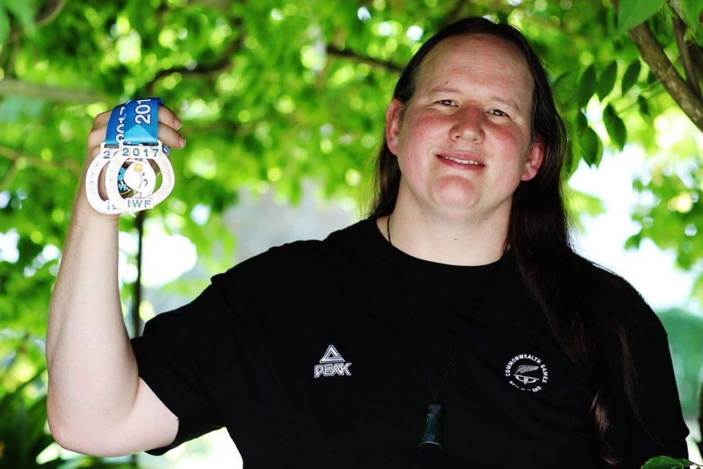 Laurel Hubbard deux médailles argent gagnées compétition 2017