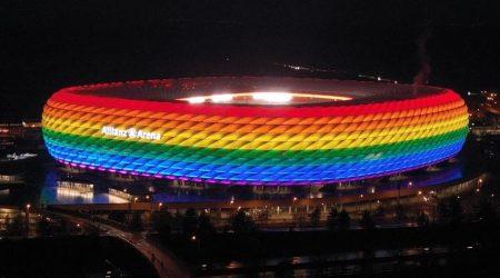 Allianz Arena Munch couleurs arc-en-ciel drapeau LGBT