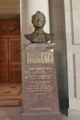 Buste bronze Harvey Milk mairie San Francisco