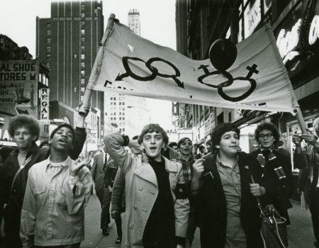 Émeutes Stonewall manifestations LGBT 1969 Greenwich Village New-York