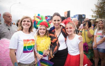 Jacinda Ardern marche des fiertés Pride Parade Auckland 2018