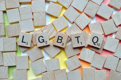 Lettres de scrabble LGBTQ