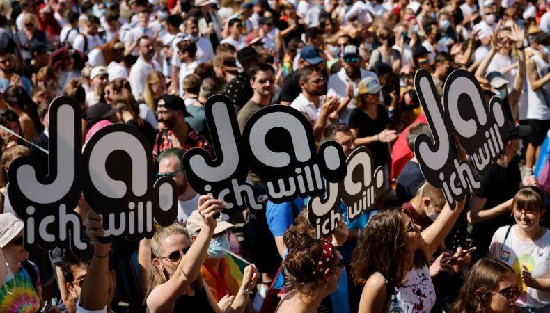 Manifestation pro-mariage toutes tous suisse ja ich will