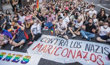 Manifestations suite meurtre Samuel Luiz Espagne contra los nazis mariconazos