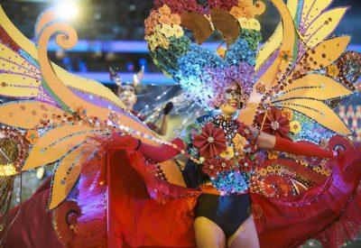 Mardi Gras Sydney 2021 parade costumes arc-en-ciel
