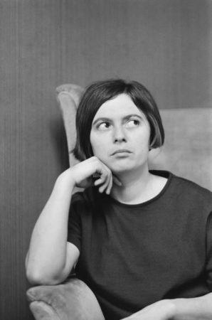 Photo noir et blanc Monique Wittig auteure professeur activiste féministe lesbienne