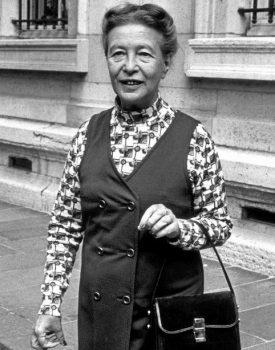Simone de Beauvoir photo noir et blanc philosophe écrivaine française