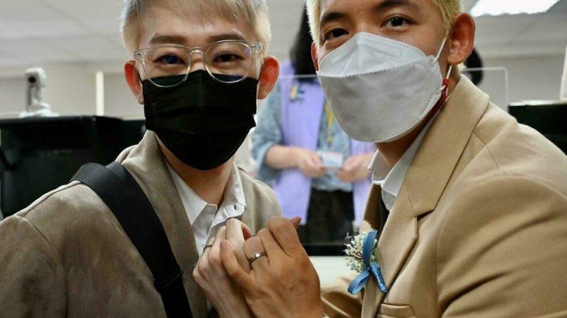 Ting Tse Yen et Leong Chin Fai couple taiwanais macanais autorisé marier suite victoire procès